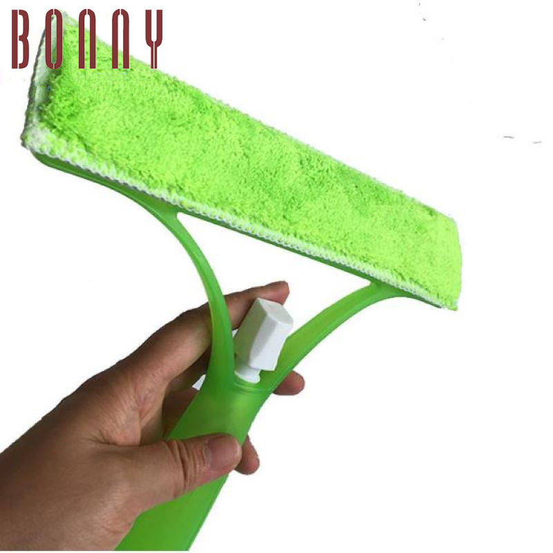 Window glass spray squeegee with with sprayer and wiper